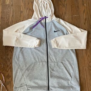 Nike Drifit hoodie size 3XL. Good used condition